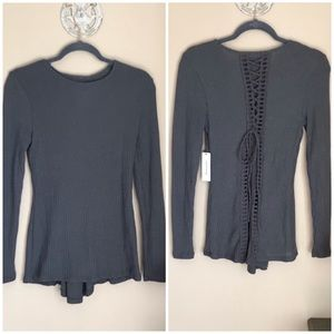 Alya | Gray Waffle Knit Lace Up Long Sleeve EUC